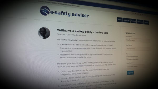 Writing Your Esafety Policy - 10 Top Tips