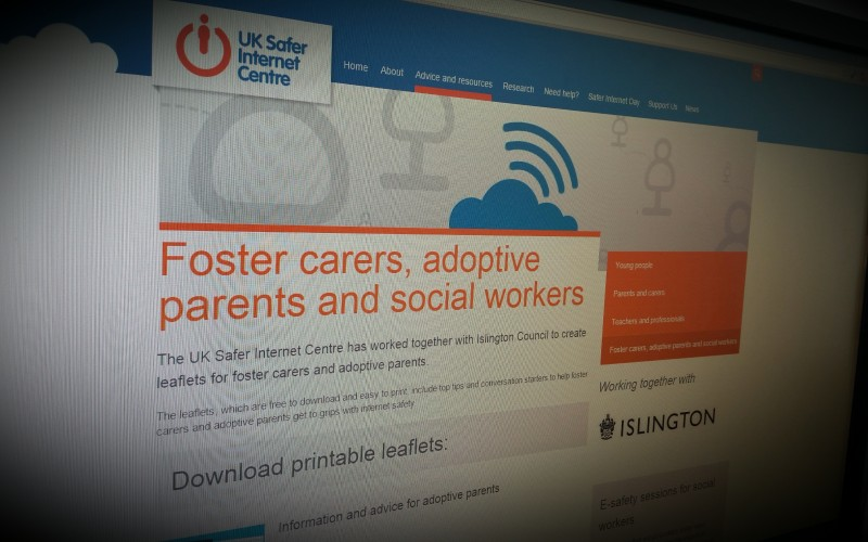UK Safer Internet Centre Launches Leaflets for Foster Carers