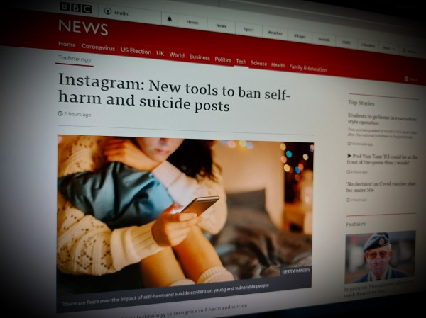 Instagram: New tools to ban self-harm and suicide posts