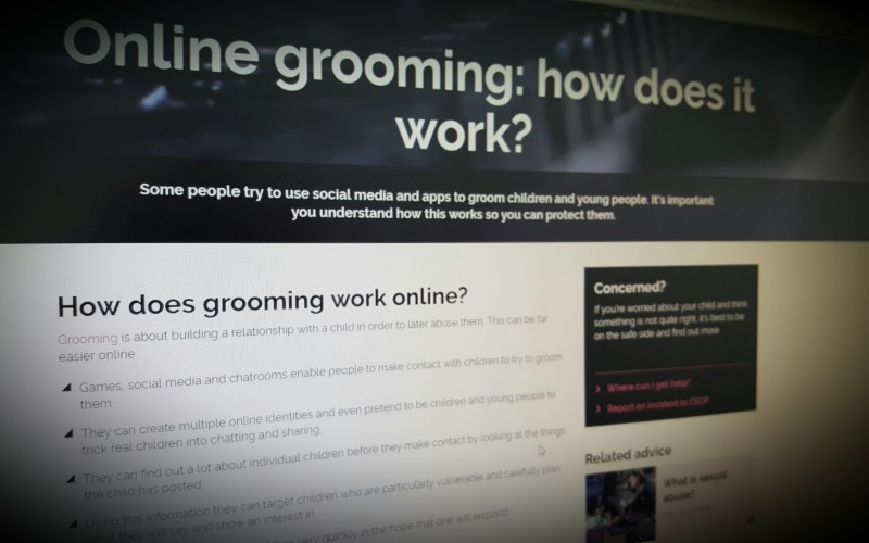 Online grooming: how does it work?