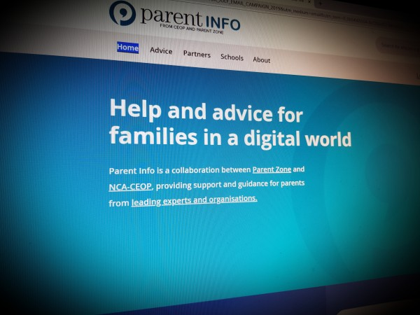 Help and advice for families in a digital world