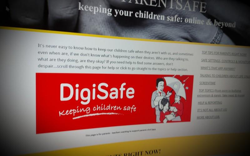 PARENTSAFE keeping your children safe: online & beyond